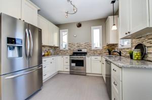 wood-kitchen-cabinet