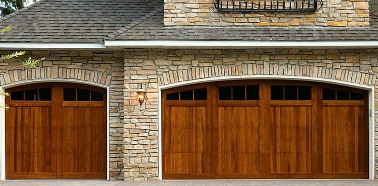 customize-your-garage-door-in-5-easy-steps