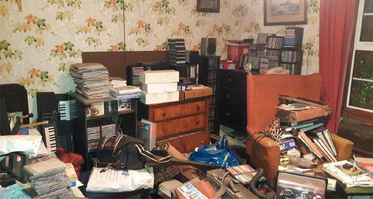 6 Cleaning Tips For Hoarders