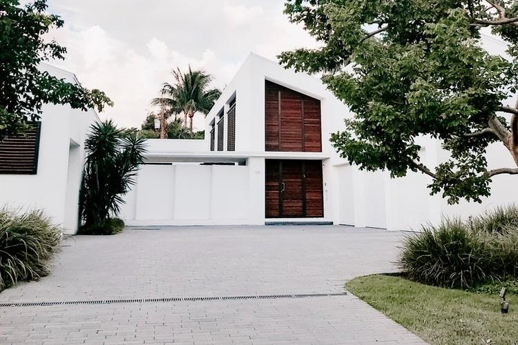 should build a concrete driveway at home