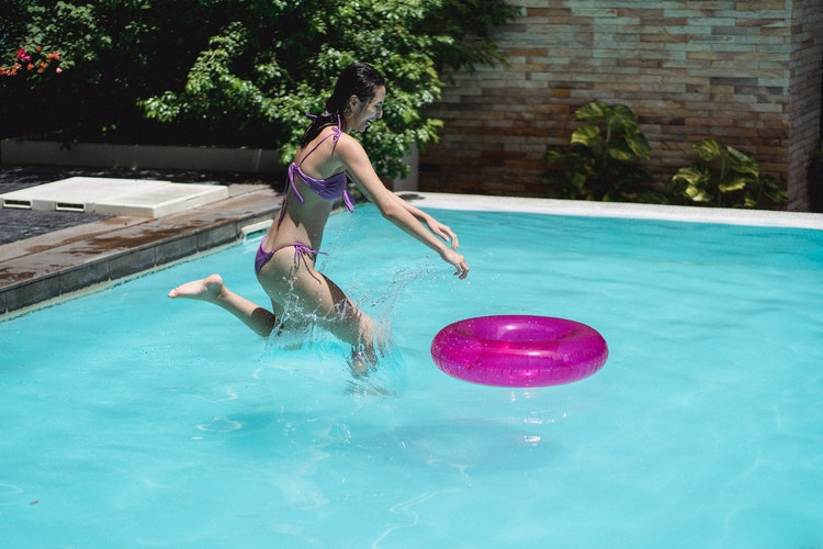 looking after a domestic pool | pool maintenance