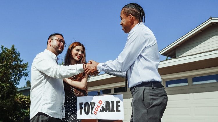 sell a house with code violations